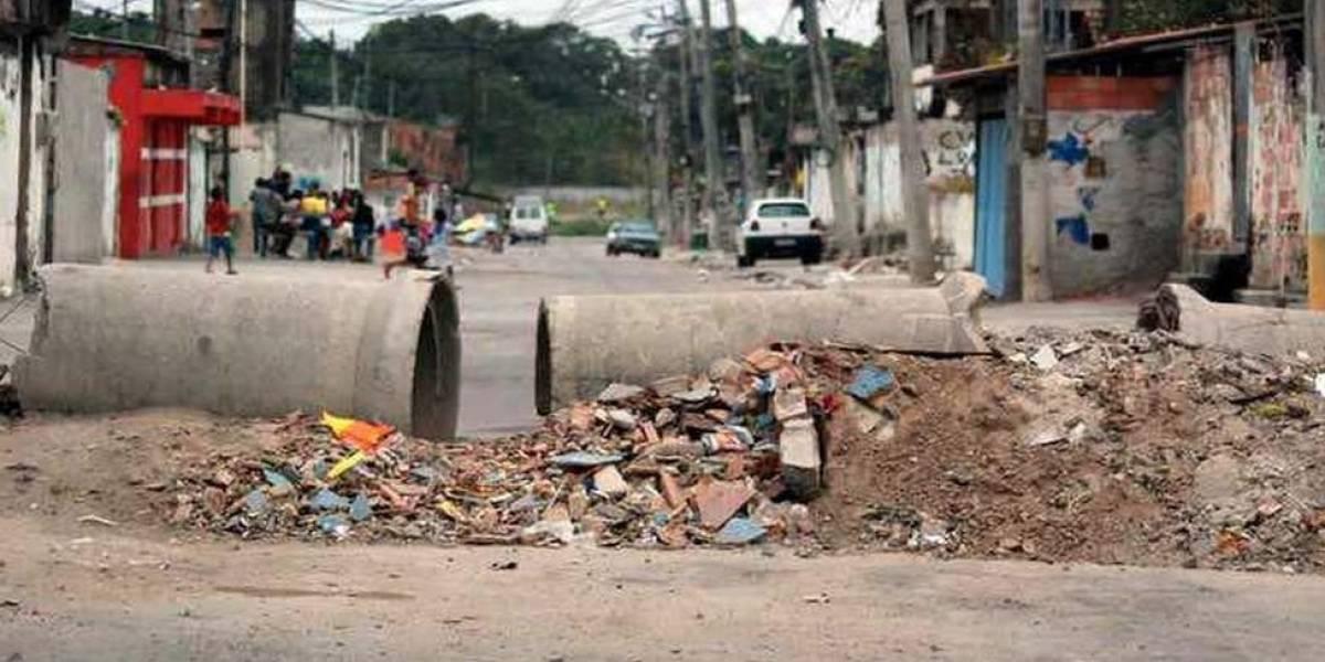 """""""Tem barricada aí?"""": o mapa alimentado por WhatsApp que desvia motoristas de bloqueios feitos por criminosos no Rio"""