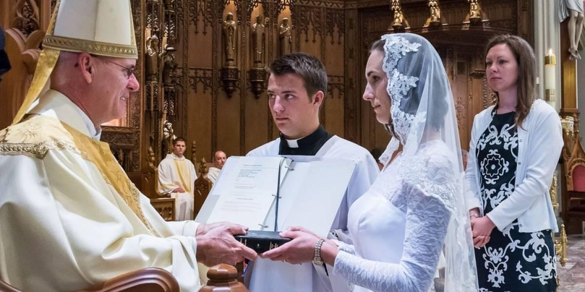 """O intrigante mundo das virgens consagradas: """"Me casei com Cristo"""""""