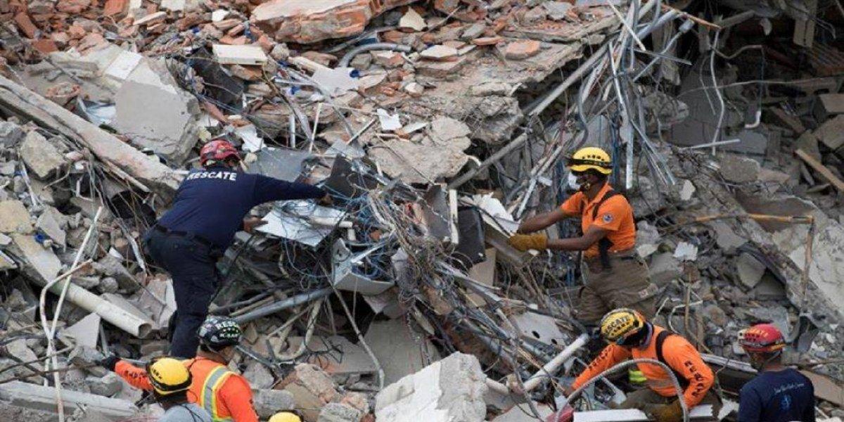 Aumentan a 6 los muertos tras explosión fábrica de plásticos en Santo Domingo