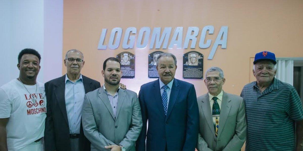 Pedro Martínez, Juan Marichal, Vladimir Guerrero y Osvaldo Virgil son reconocidos