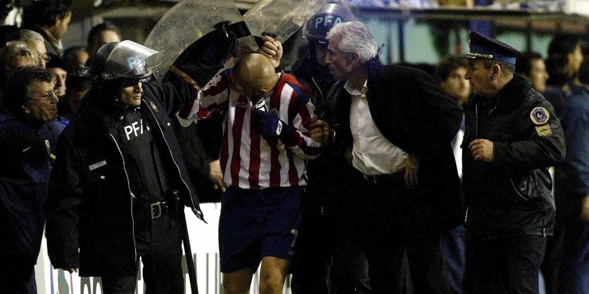 'Bofo' Bautista se ríe de Boca Juniors y los llama 'llorones'