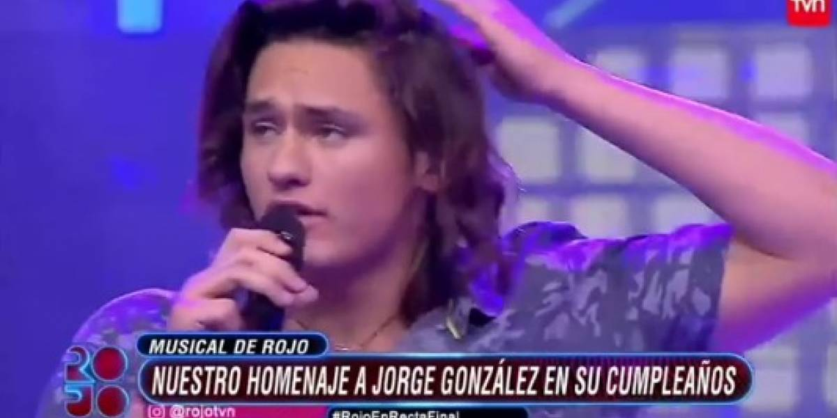 Toarii Valantin olvida nuevamente la letra de una canción y los televidentes no lo perdonaron