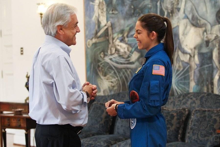 Joven que viajará a Marte visitó Chile antes de partir y se reunió con Piñera