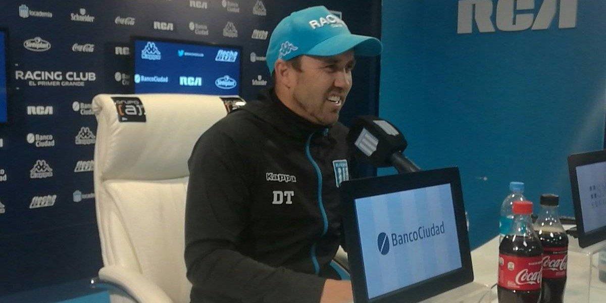 """Chacho Coudet le da un portazo a las pretensiones de Colo Colo: """"Espina sabe que tengo un compromiso con Racing"""""""