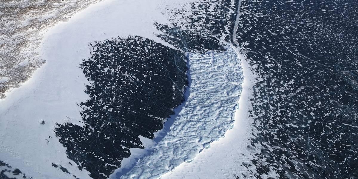 Científicos descubren un tipo de Hielo en el cual el agua que lo forma presenta propiedades extrañas