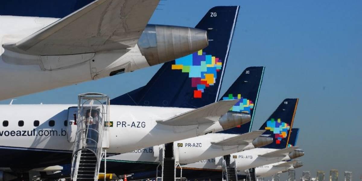 Correios e Azul planejam abrir companhia aérea de logística; entenda