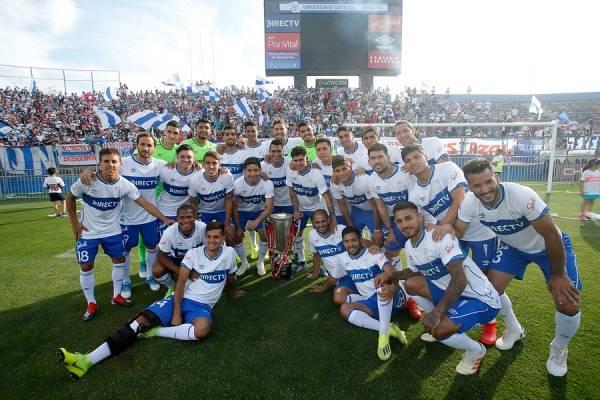 El plantel de la UC que logró el título del Campeonato Nacional 2018 puede sufrir importantes modificaciones para la temporada 2019 / Foto: Photosport