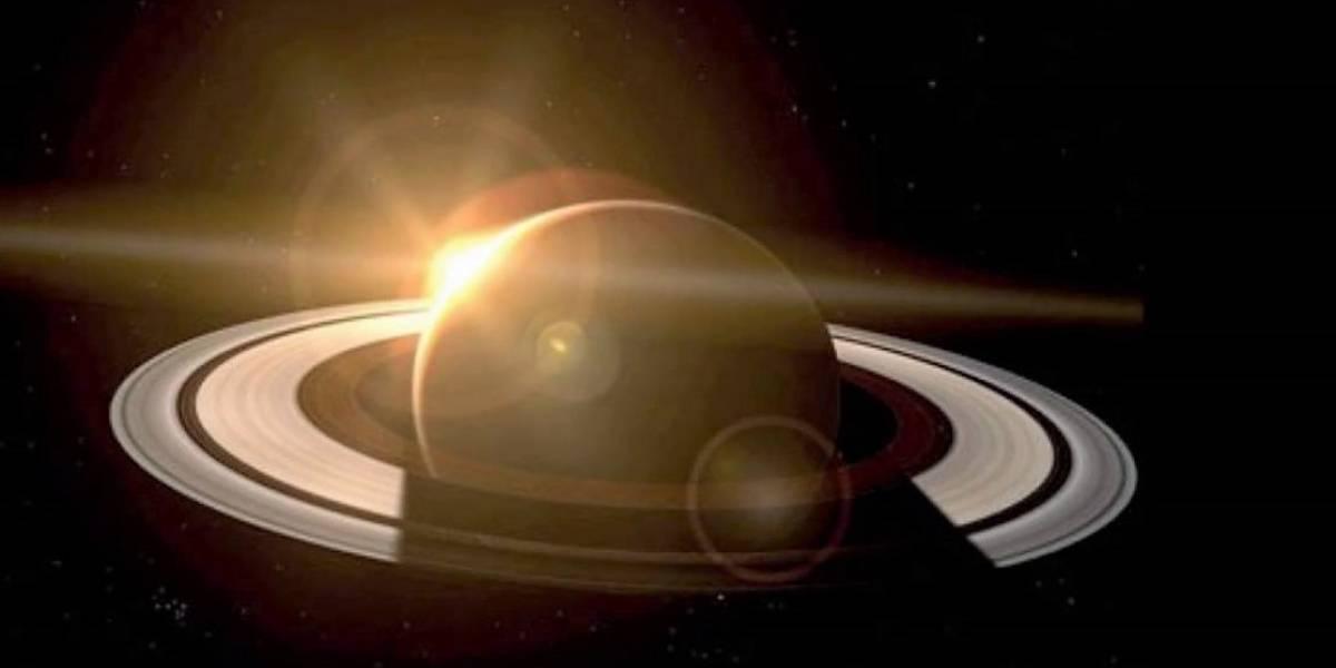 ¡Hay agua en las lunas de Saturno! Descubren que es bastante similar a la de la Tierra