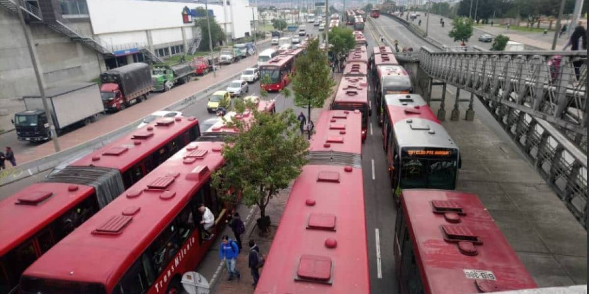 Mujer murió tras ser arrollada por un TransMilenio en la Calle 80