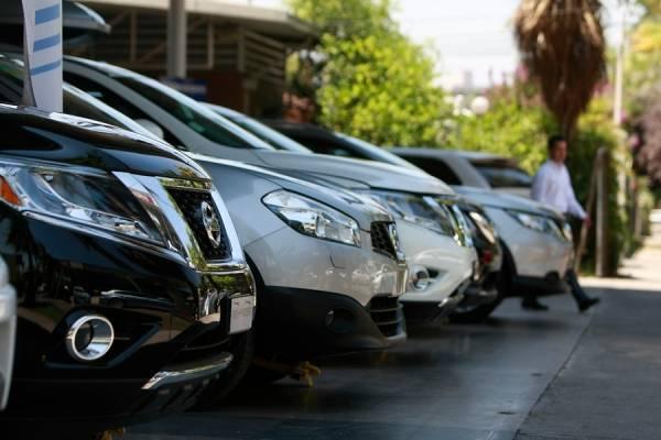 Venta de vehículos nuevos rompe récord con aumento de 15,6% en 2018