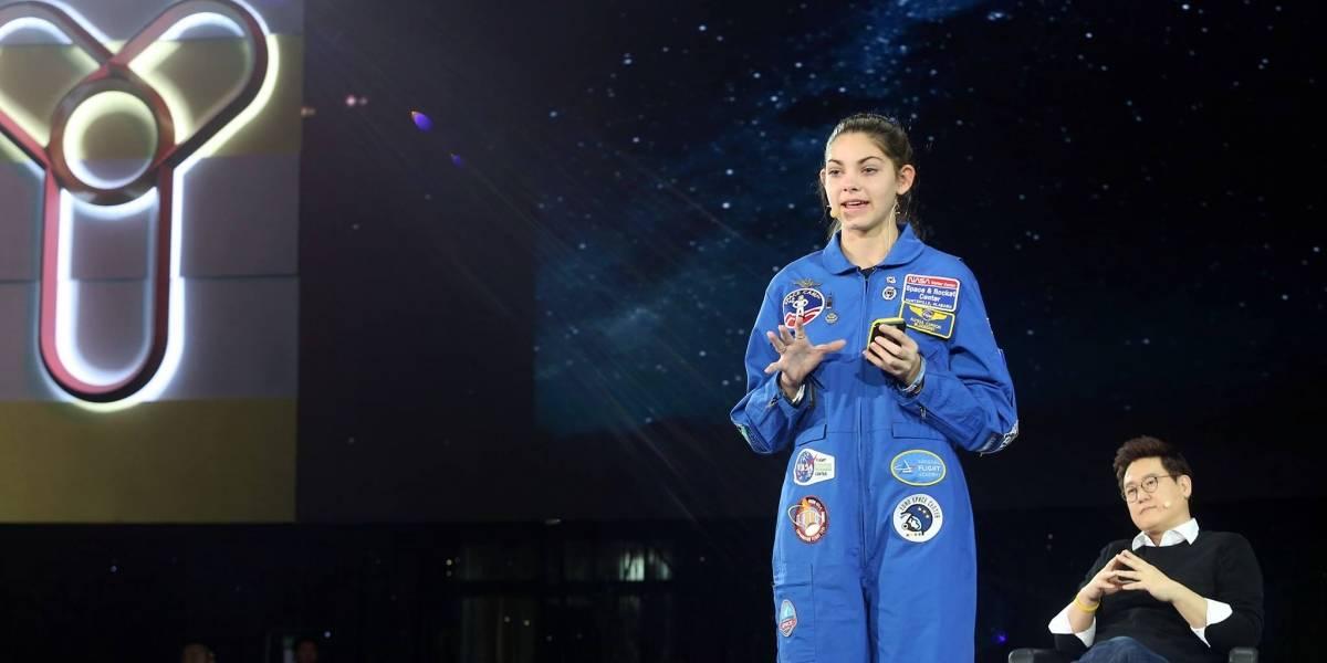 """Joven visitó Chile antes de viajar a Marte y habló sobre ovnis: """"Pienso que pueden ser reales, hay otras cosas en el Universo"""""""