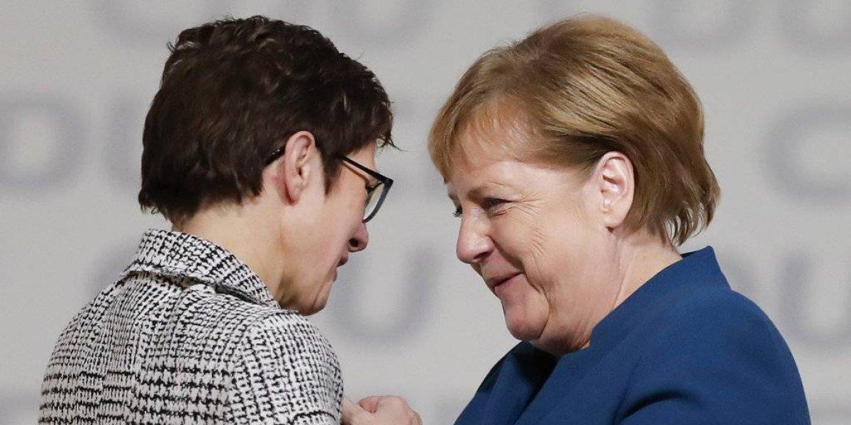 Sucesora de Merkel en la CDU busca un perfil más conservador