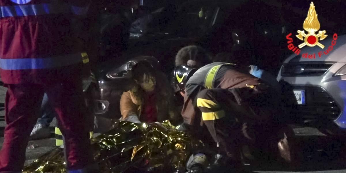 Pánico en concierto de rap: estampida deja seis muertos y docenas heridos en club en Italia