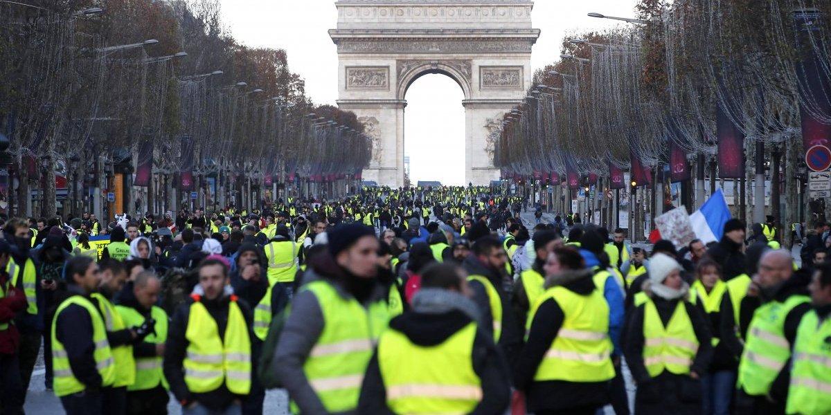 """""""Chalecos amarillos"""" marchan por París bajo extremas medidas de seguridad"""