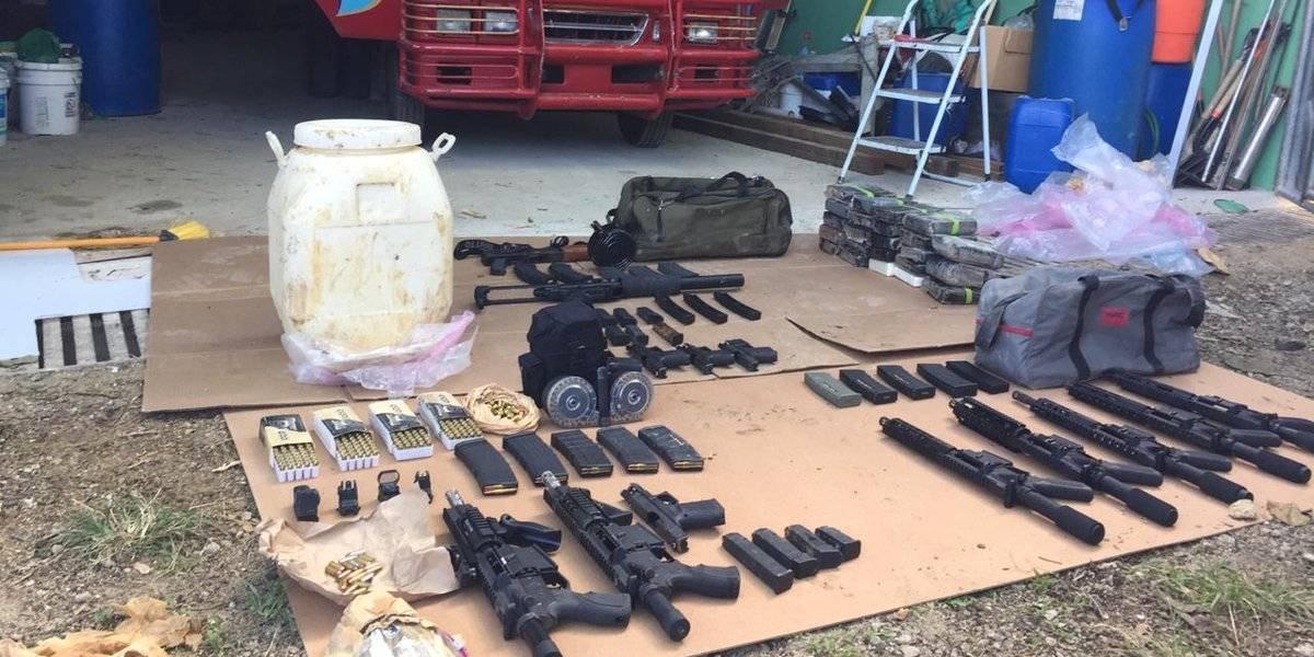 Decomisan cerca de 700 paquetes de coca y un arsenal durante operativos en Bayahíbe