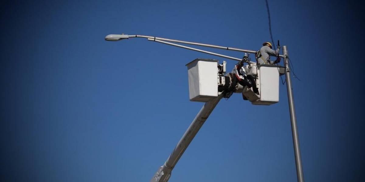 AEE interrumpirá servicio eléctrico en dos municipios