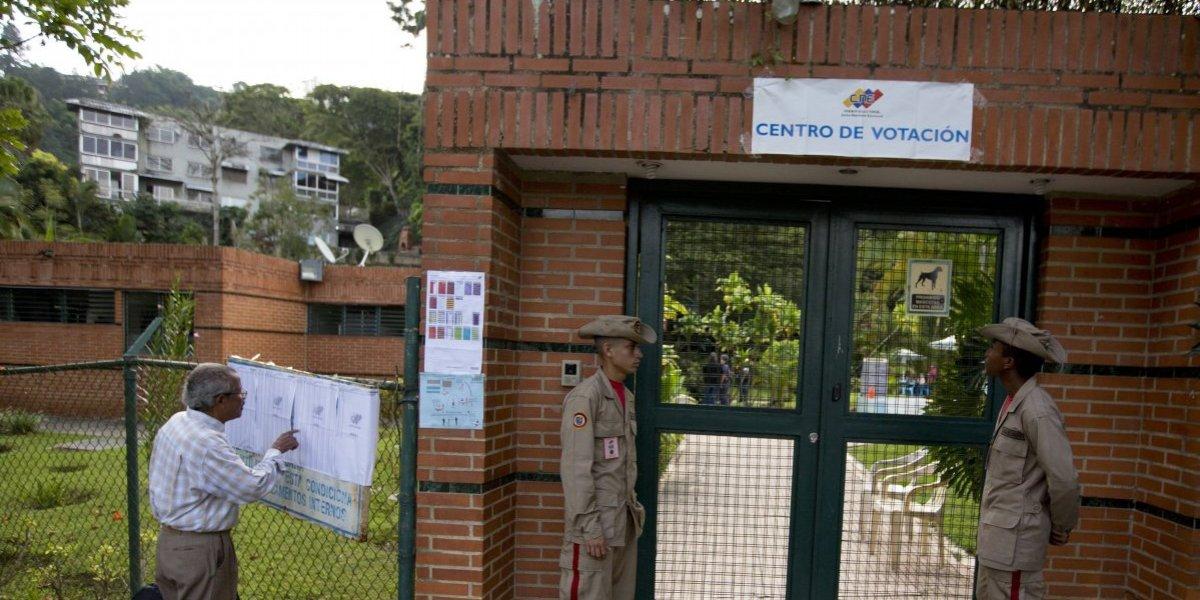 Sin oposición, Venezuela vota este domingo en elecciones municipales