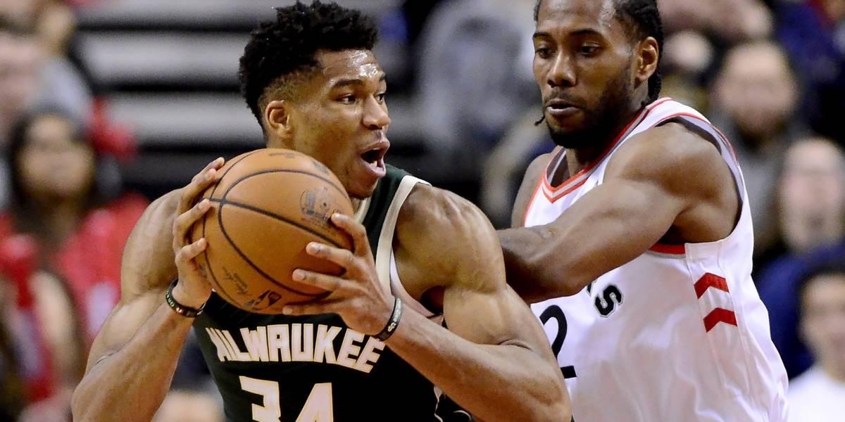 Antetokounmpo lidera a los Bucks para vencer a los Raptors