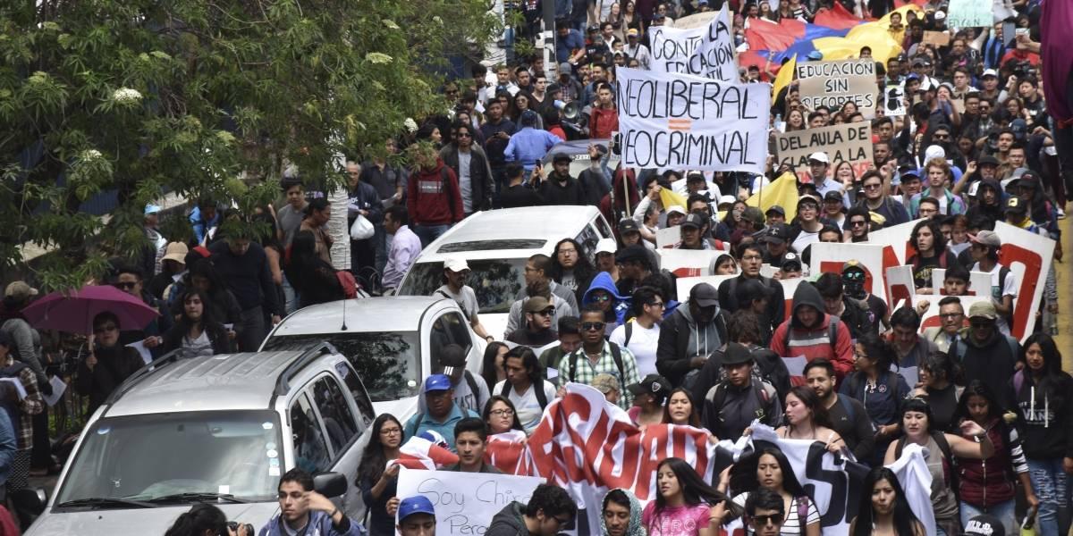 #JusticiaParaLuis: Estudiantes de medicina de la UCE convocan a marcha en Quito por la muerte de un compañero
