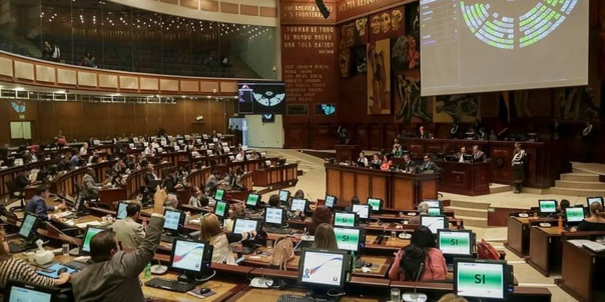 Pensiones vitalicias esperan ser debatidas en la Asamblea