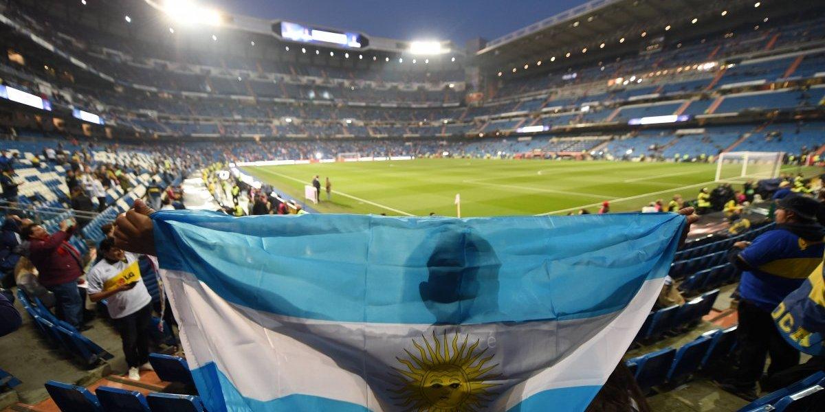 Aficionados de River y Boca llenan el Santiago Bernabéu sin incidentes
