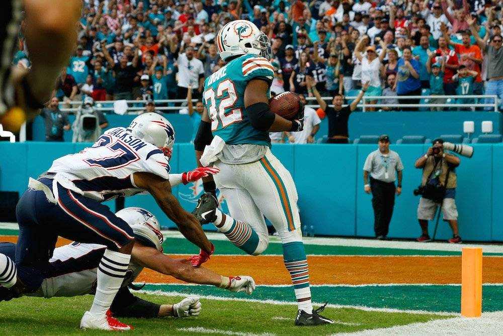 Patriots 33-34 Dolphins / Getty Images
