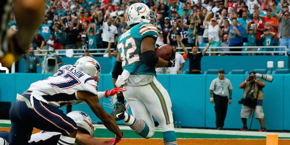 Dolphins vencen a Patriots de último minuto y mantienen esperanzas de playoffs