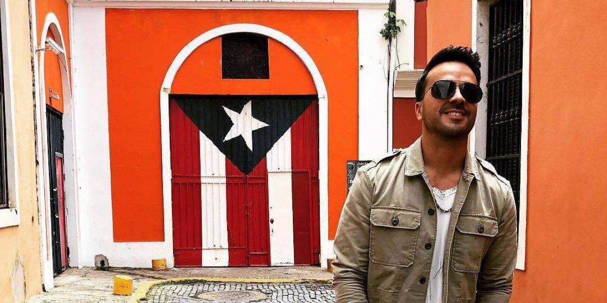 Luis Fonsi sorprende a sus fanáticos en The Mall of San Juan