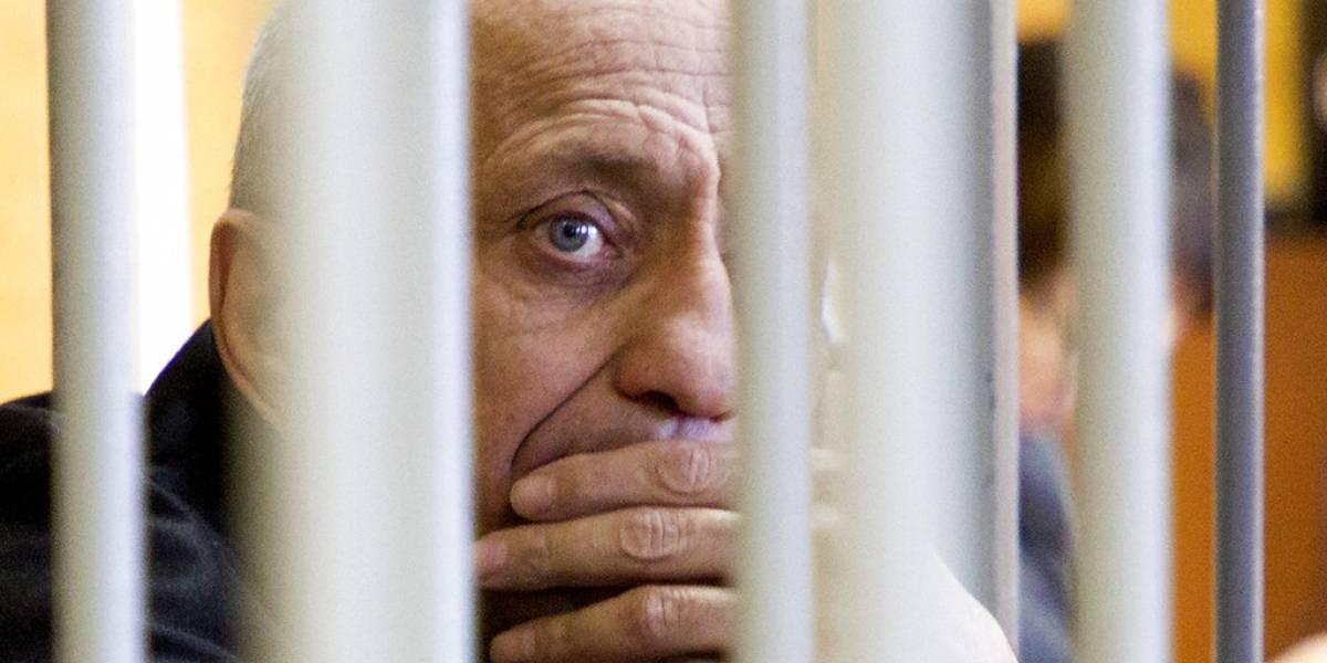 Segunda cadena perpetua para expolicía que mató a 77 mujeres en Rusia