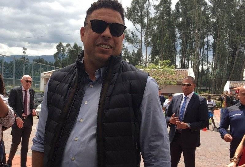 Ronaldo Nazário Twitter @IDV_EC