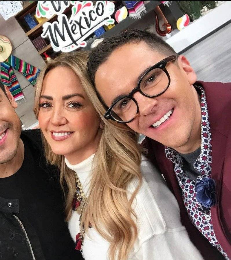 Andrea Legarreta regañó a Mauricio Mancera Instagram