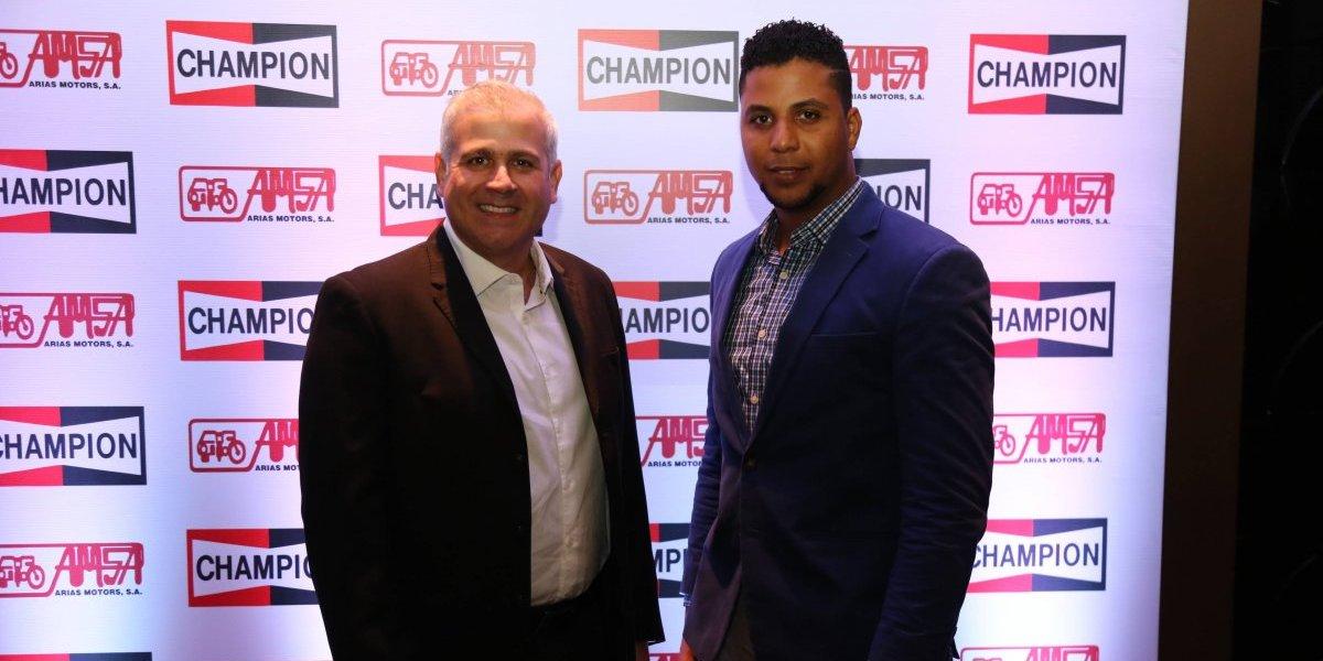 #TeVimosEn: Arias Motors presenta nuevas bujía para gas y Eon Power de Champion