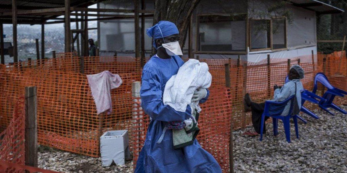 Muertes por ébola en el Congo superan brote de 2014