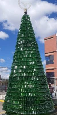 Árbol de vidrio reciclaje