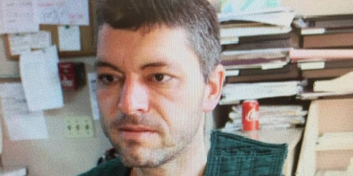 Macabro: padre escucha por monitor de bebé los gritos de su hija de 3 años mientras era asesinada frente a sus hermanos menores
