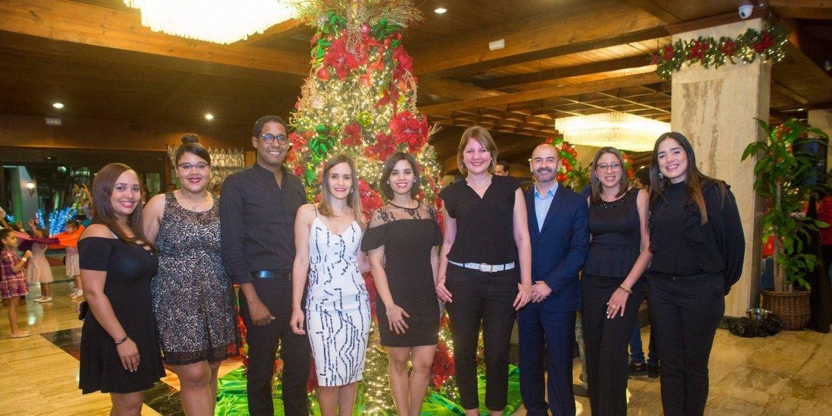 #TeVimosEn: Hotel Dominican Fiesta realiza su tradicional encendido del árbol de navidad