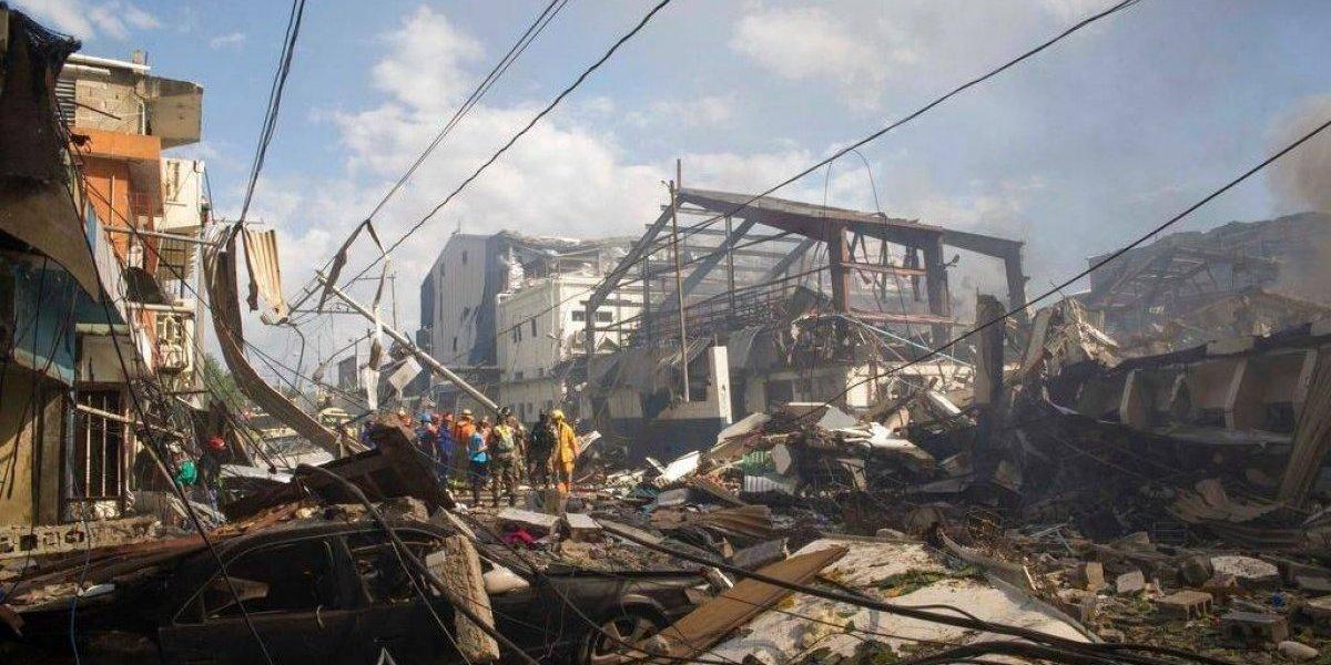 Aumentan a 8 los muertos en explosión de fábrica plásticos en Villas Agrícolas