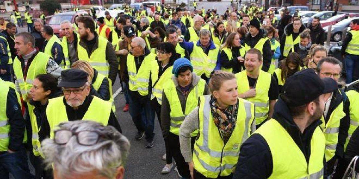 """Por qué las concesiones de Macron no acallan la ira de los """"chalecos amarillos"""""""