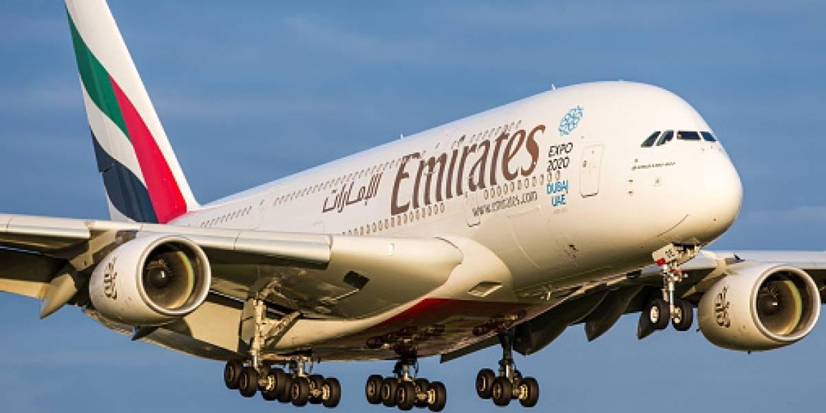 Emirates busca tripulantes de cabina y ofrece sueldo de 1,8 millones: mira los requisitos para postular y así viajar por el mundo