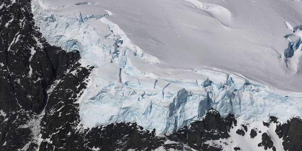 El inesperado efecto del calentamiento global en la Antártica que sorprende a la comunidad científica