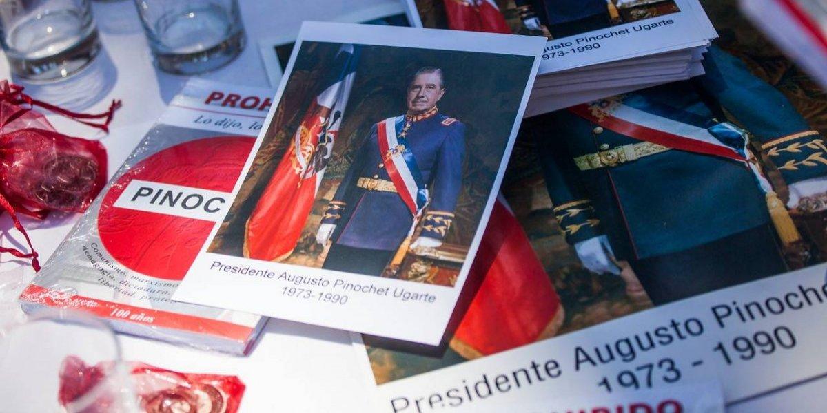 """""""Usted fue uno de los jóvenes de Chacarillas"""": diputada recuerda el día en que Chadwick fue condecorado por Pinochet"""
