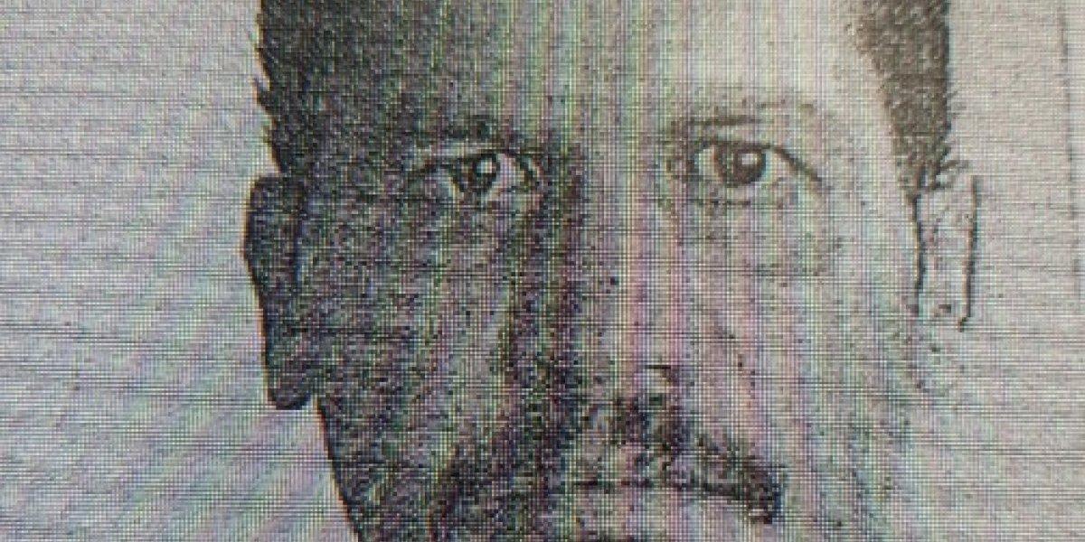 Arrestan hombre que agredió con unas tijeras a un policía
