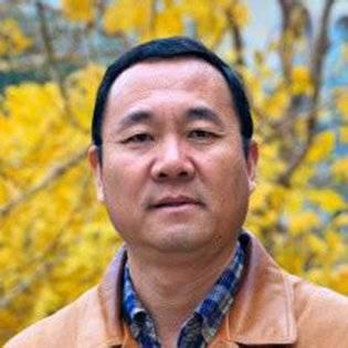 Wenshan Jia, profesor de comunicación global en la Universidad de Chapman, California, EE.UU.