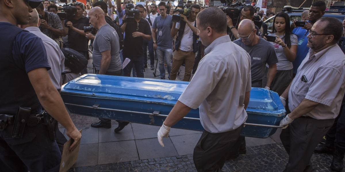 Polícia procura motivação por trás de ataque na Catedral de Campinas; local passa por limpeza para missa em memória