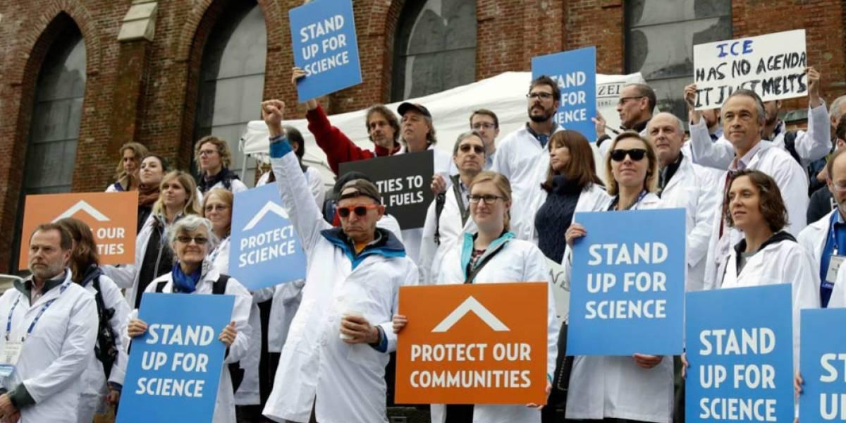 Estudio determinó la gran cantidad de científicos académicos que desertan al quinto año