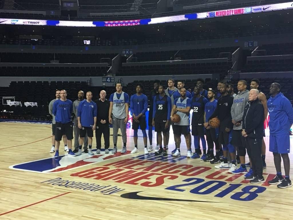 Los jugadores posaron para la foto oficial. /( Sergio Meléndez / Publisport