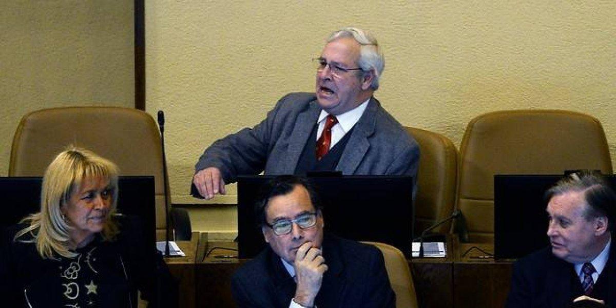 """Diputado socialista pidió que Urrutia volviera a pasar por la comisión de Ética: Su respuesta fue """"me da lo mismo"""""""