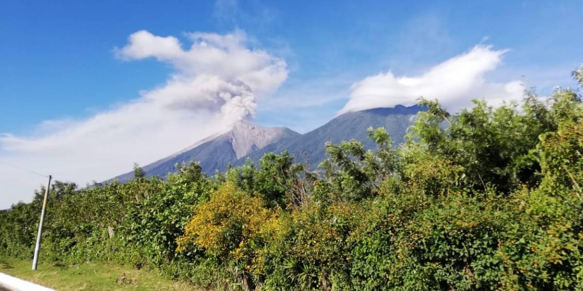 Tres volcanes están actividad eruptiva en Guatemala