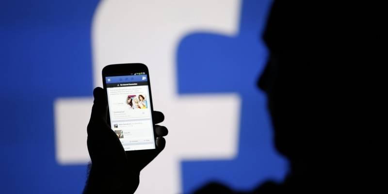 Periodistas verificadores de Facebook: 'A ellos no les importa, sólo nos utilizan para relaciones públicas en tiempos de crisis'