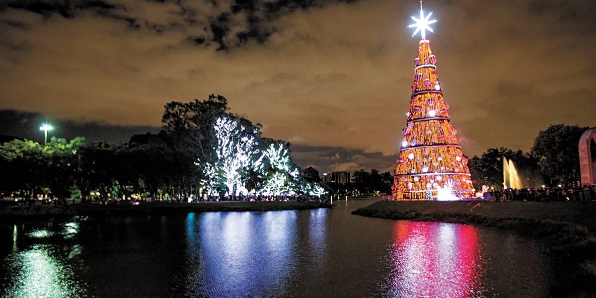 São Paulo se ilumina para receber o Natal